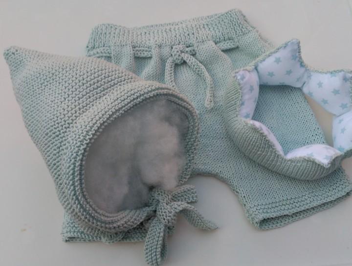 Conjunto de pantalón, gorrito duende ycorona