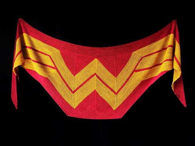Wonder_Woman_Shawl1_medium2
